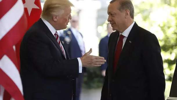 Туреччина підвищила мита наавто, алкоголь і тютюн із США