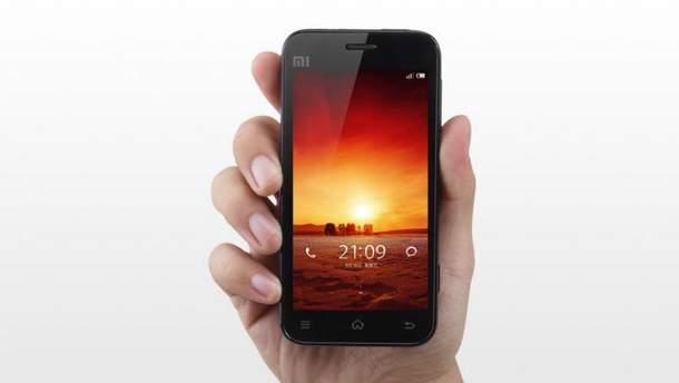 Первый телефон  Xiaomi