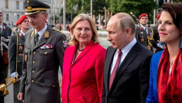 Путин и глава МИД Австрии
