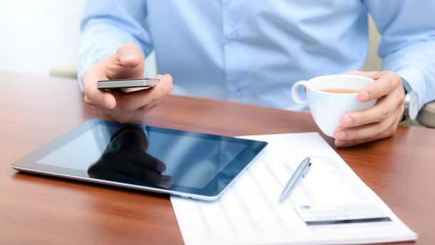 Украинские мобильные операторы изменили правила абонплаты