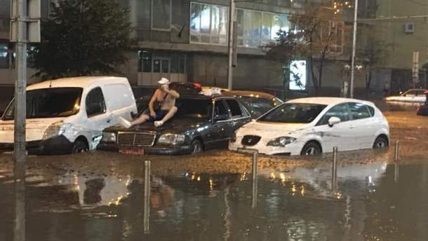 Київ затопило
