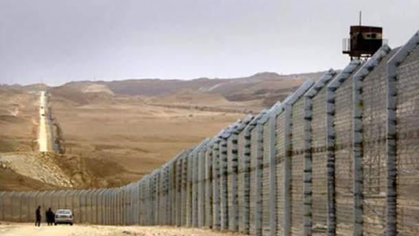 Израиль полностью закрыл границу с Сектором Газа