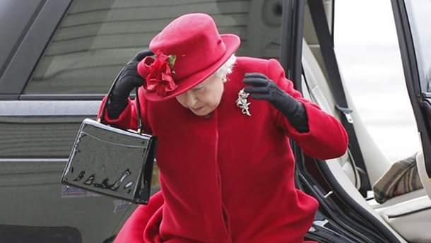 Королева Елизавета II стала героиней мемов