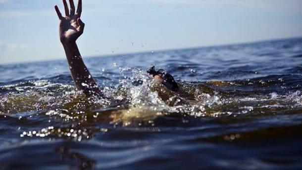 На Херсонщині під час шторму потонули 5 осіб
