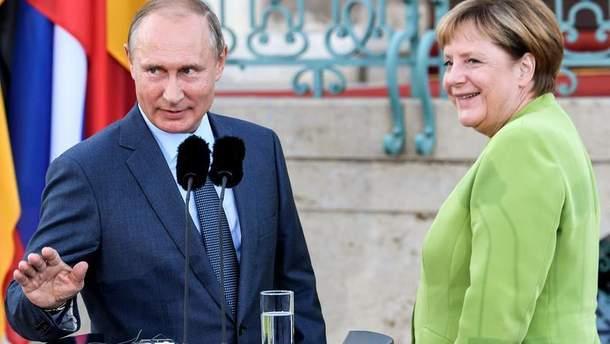 Меркель хоче активізувати переговори з Путіним