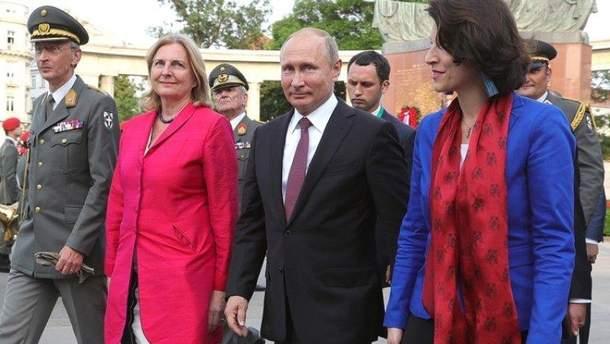 Весільні гулянки та дипломатичні зустрічі: чому європейці люблять Путіна