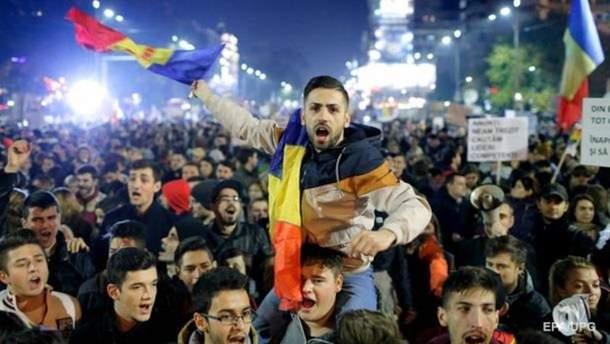 В больнице умерла первая жертва антиправительственных протестов в Румынии