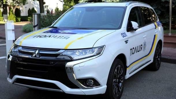 Патрульний автомобіль Mitsubishi