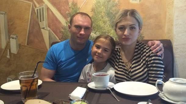 Семья убитого экс-депутата Анатолия Жука из Сум