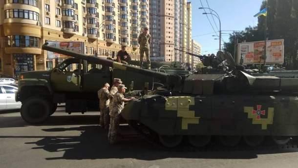 ДТП на репетиции парада в центре Киева