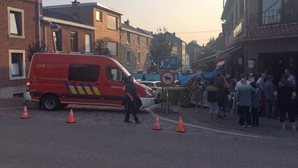 Неизвестный напал с ножом на посетителей ресторан в Бельгии: 3 погибших, включая нападавшего