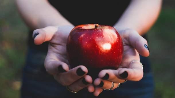Що станеться, якщо їсти яблука щодня