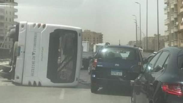 У ДТП з пасажирським автобусом у Єгипті постраждало 28 пасажирів