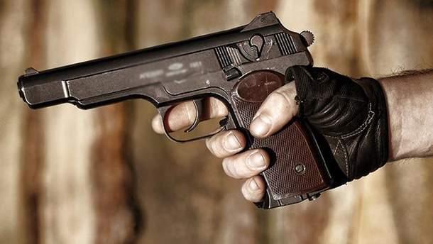 В Москве мужчина открыл огонь из огнестрельного оружия