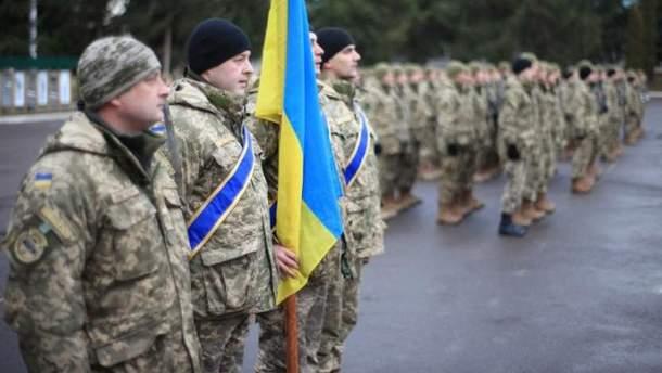 Порошенко предоставил новые почетные названия военным частям