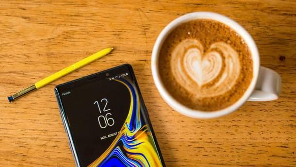 Стартовала международная продажа смартфона Samsung Galaxy Note 9