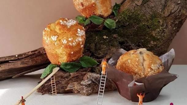 Кондитер создает мини-мир из сладостей