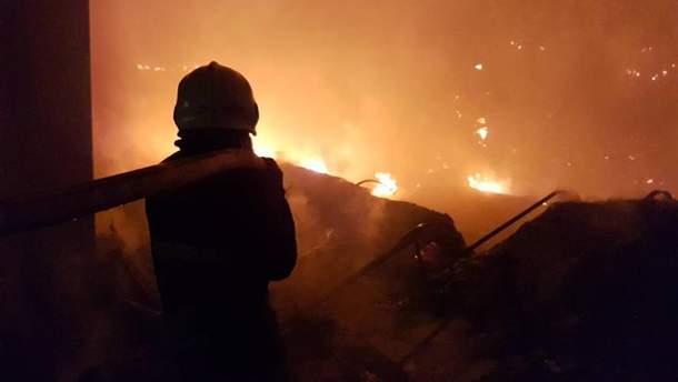 На цей момент пожежа у Мукачево ліквідована, збитки компенсують