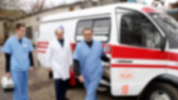 В Днепре медики отказались оказать помощь окровавленному мужчине, он не был прописан в районе больницы (иллюстративное фото)