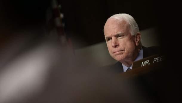 Помер Джон Маккейн: як на це відреагували політики США