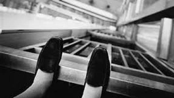 У Києві 15-річна дівчина скоїла  самогубство