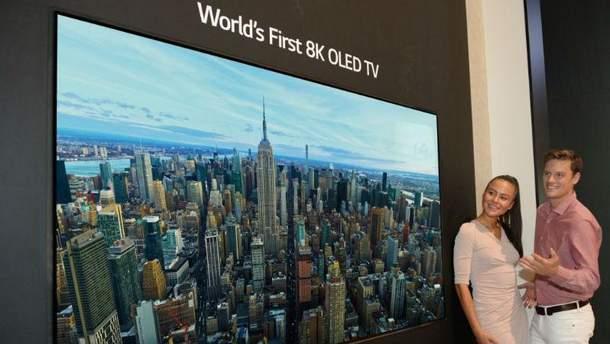 LG показала перший OLED-телевізор з роздільною здатністю 8K