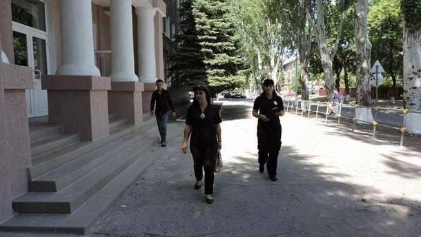 В Донецкой области полиция и ГСЧС проверяют школы перед началом учебного года