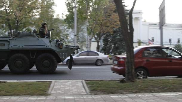 На оккупированной территории Донетчины действует чрезвычайное положение и введен комендантский час (иллюстративное фото)