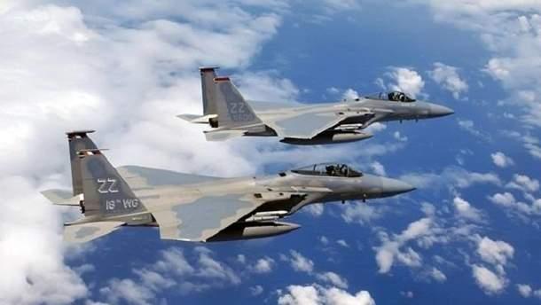 Япония подняла в небо свои истребители из-за российских самолетов