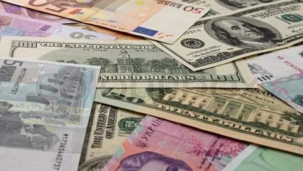 Курс валют НБУ на 4 вересня: як долар, так і євро дещо долали у ціні