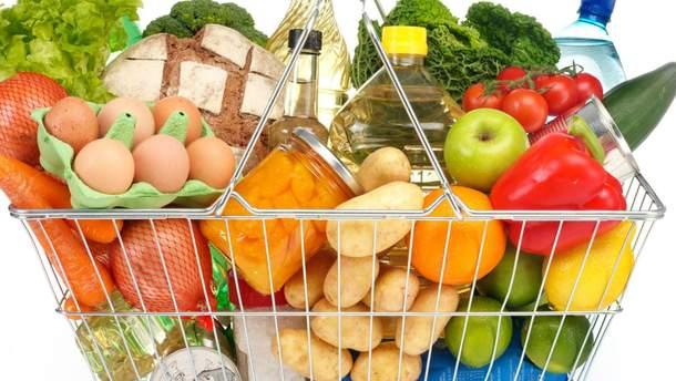 Українці половину свого прибутку витрачають на їжу