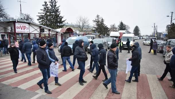 Каждый год миллион украинцев выезжают за границу