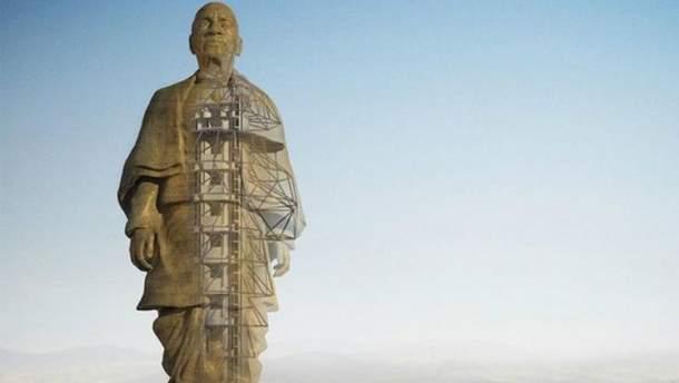 В Індії добудовують найвищу у світі статую