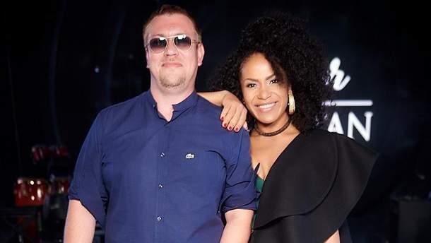 Гайтана с мужем Алексом Смартом