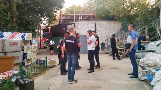Стрельба на рынке в Киеве