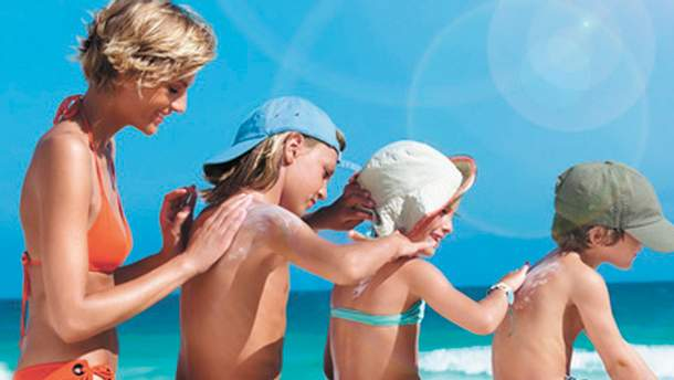 Чому сонцезахисні креми потрібно використовувати протягом усього року