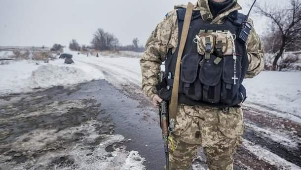 На Донбассе ранили двух украинских бойцов