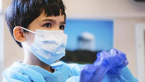 На адмінмежі з Кримом закінчились медичні маски