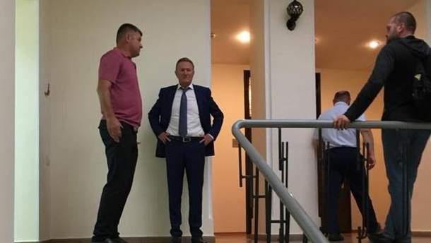 В Одесский медуниверситет ворвался бывший ректор, попытавшись захватить здание