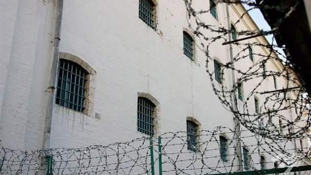 Зник в'язень: у Лук'янівському СІЗО не дорахувалися засудженого за вбивство