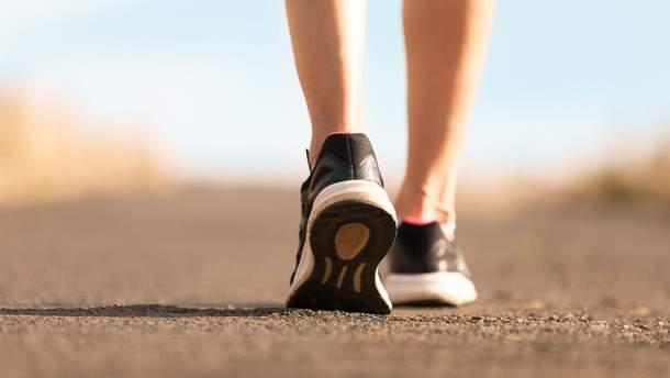 Кому варто проходити 10 тисяч кроків щодня