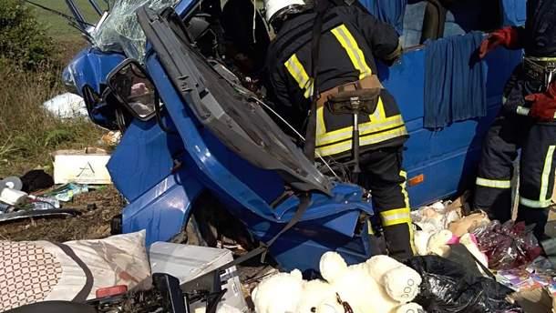 У Коломиї зіткнулися автівки, троє загиблих, з них двоє – діти