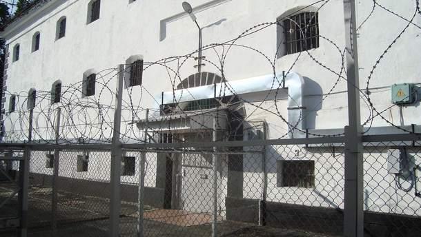 У Лук'янівському СІЗО зник небезпечний в'язень-убивця