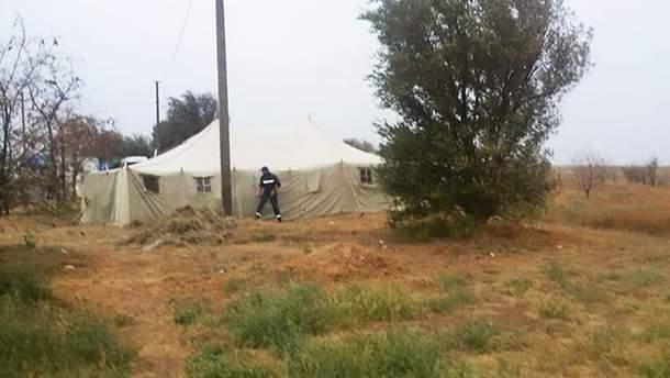 На границе с Крымом ставят палатки для помощи тем, кто покидает полуостров после  химвыброса
