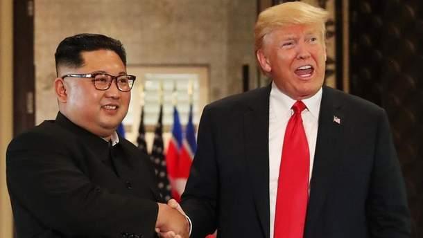 """Южная Корея заговорила о """"непоколебимом доверии"""" Ким Чен Ына к Трампа"""