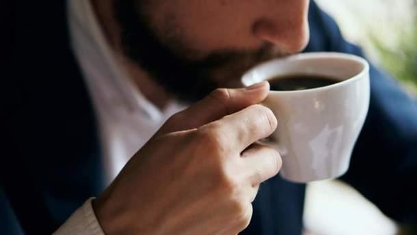 Які ознаки свідчать про надмірне вживання кави