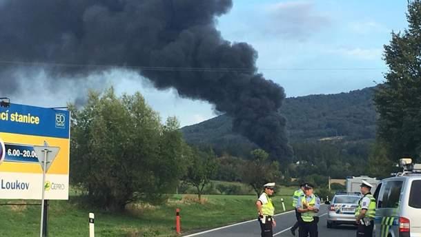 В Чехии взрывы и пожар на складах с нефтепродуктами