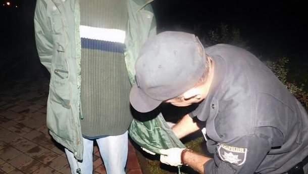В Киеве задержали мужчину с гранатой