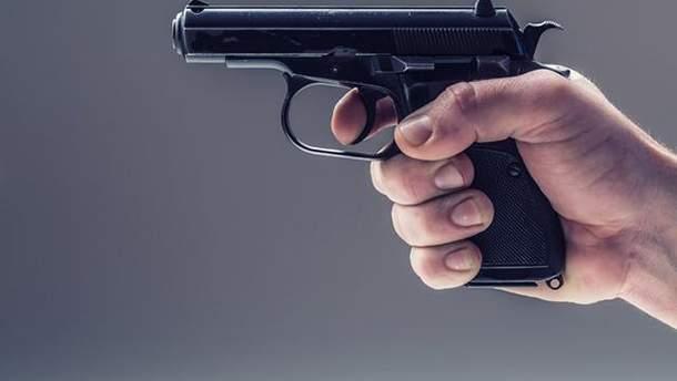 В Киеве подстрелили девушку