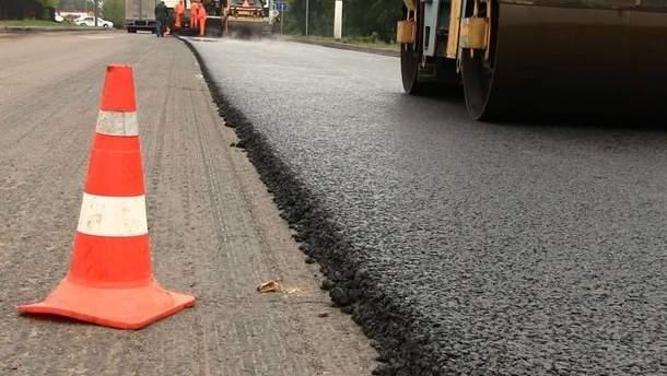 Кабмин выделит на ремонт дорог в 2019 году миллиарды гривен